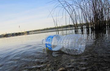 plastic-pollution-kate-ter-haar